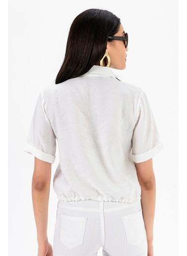 Emjey Beli Bağcıklı Gömlek Beyaz